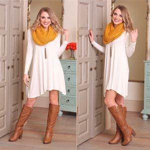 Dresses & Skirts - 🔴Ivory Long Sleeve V-Neck Dress